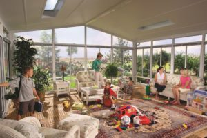 What Are the Best Features to Have in a Sunroom?